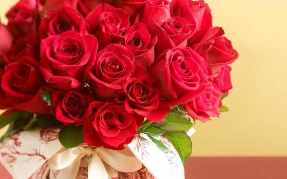 Костюмированная доставка цветов в тюмени цены какой подарок сделать на 60 лет мужчине